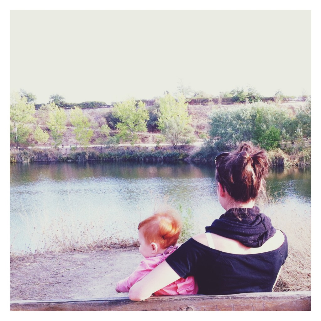 Dos hijas y una madre en la Laguna de Las Madres