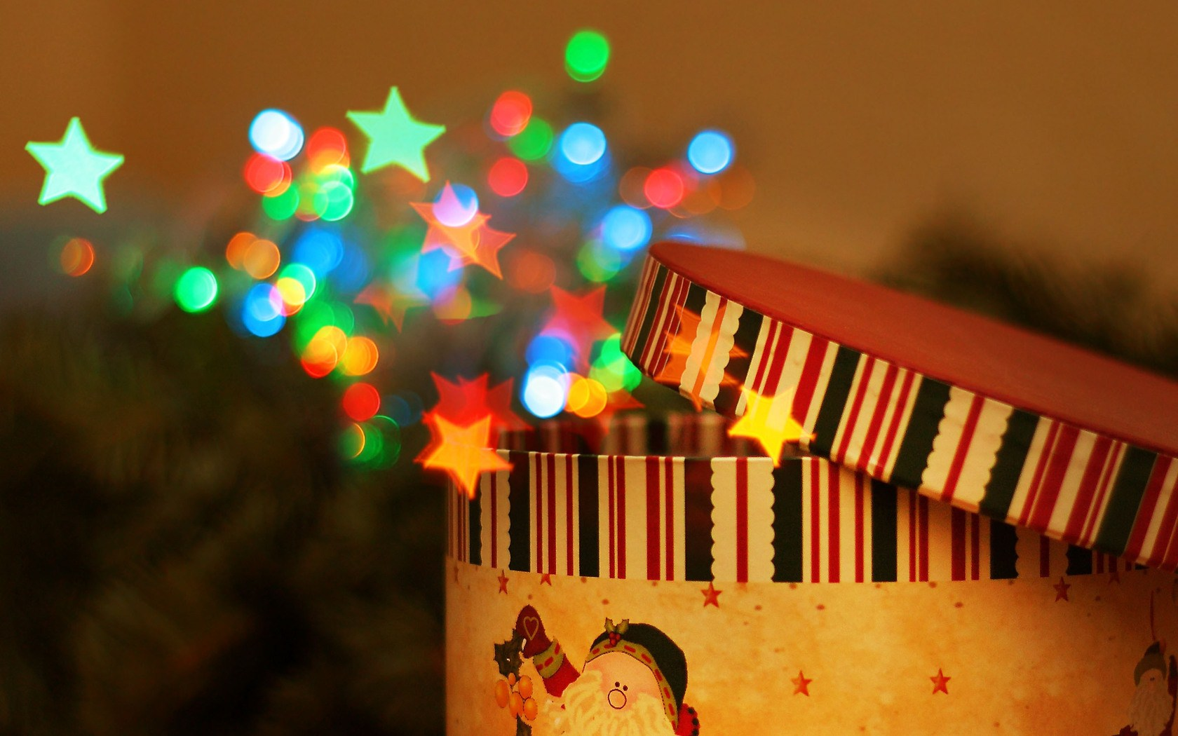 round-gift-box-christmas-colorful-stars-circles-1680x1050